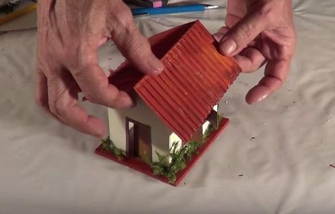 Làm mô hình nhà bằng giấy