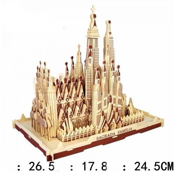Mô hình lâu đài Sagrada Familia bằng gỗ cực đẹp