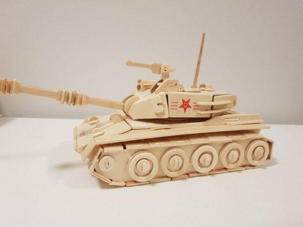Mô hình xe tăng làm bằng gỗ ép cao cấp